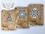 vánoční přání s dřevěnou ozdobou